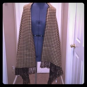 Brown and Tan Houndstooth Scarf /Charming Charlie